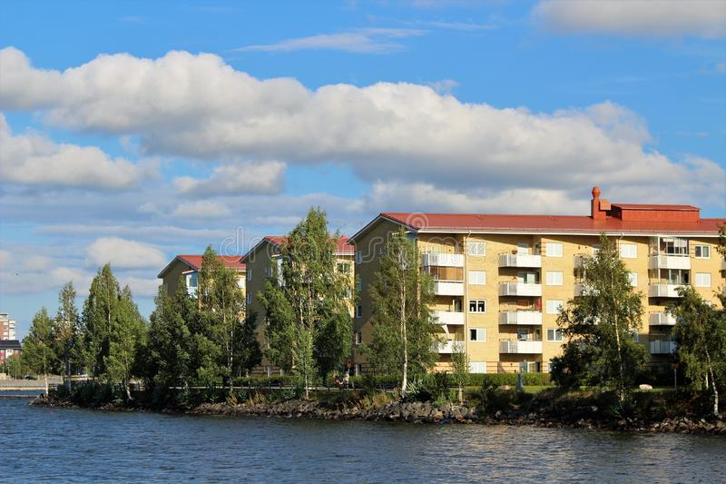 Sommardag på Stadsviken i LuleÃ¥ royaltyfria foton