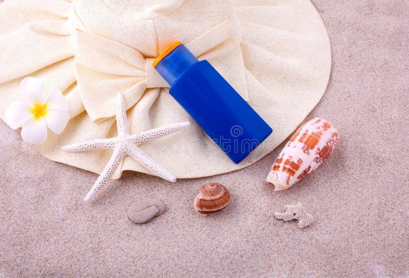 Sommarinställning - upp på träpanelen för sommar royaltyfri foto