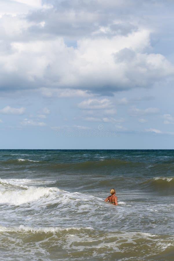 Sommarsemester p? havet arkivbild