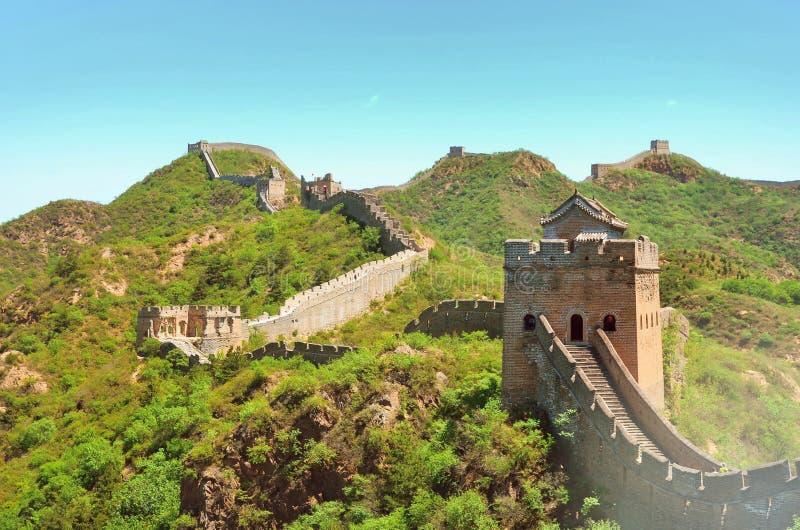 Sommarsikt p? den stora v?ggen Kina arkivbild