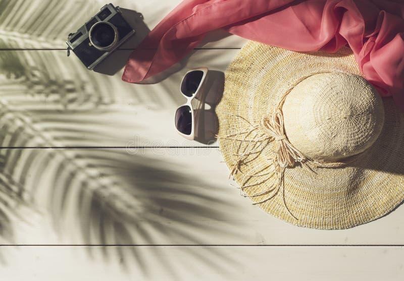 Sommarstrandsemestrar och tropiska destinationer arkivfoton