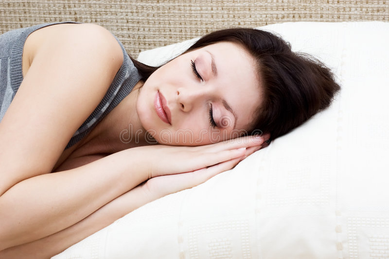 Sommeil sur l'oreiller photo libre de droits
