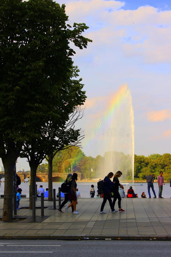 Sommer à Hambourg, mur d'Alster photographie stock