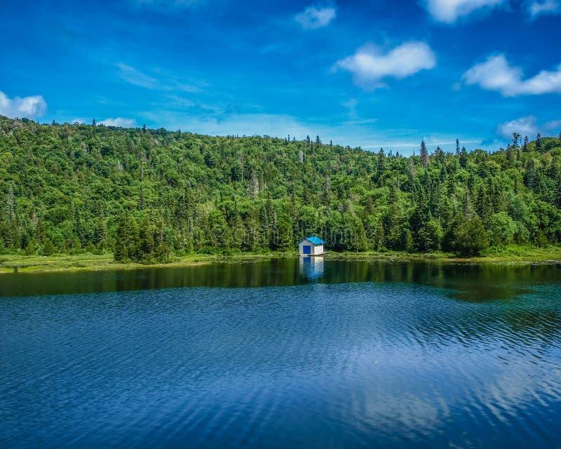 Sommer in Agawa-Schlucht, Ontario, Kanada stockbild