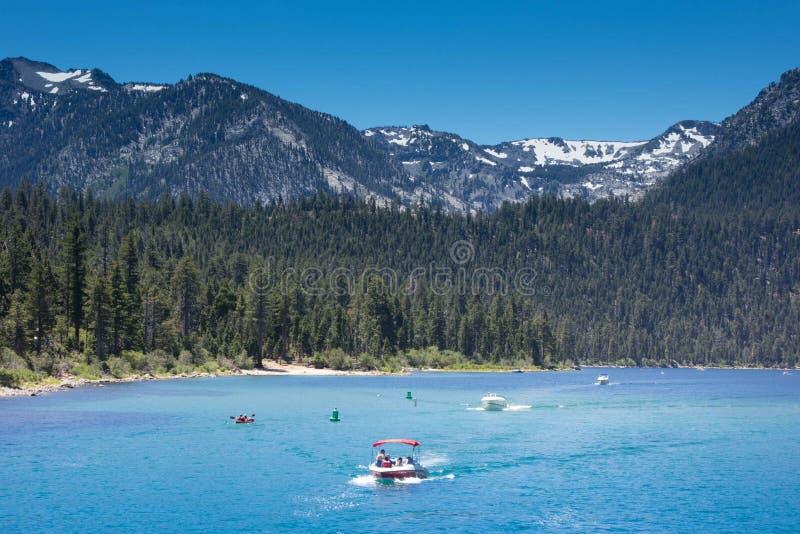 Sommer auf Lake Tahoe stockfotos