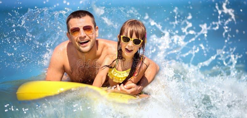 Download Sommer, Familie Und Ferienkonzept Stockfoto - Bild von freizeit, freude: 90230528