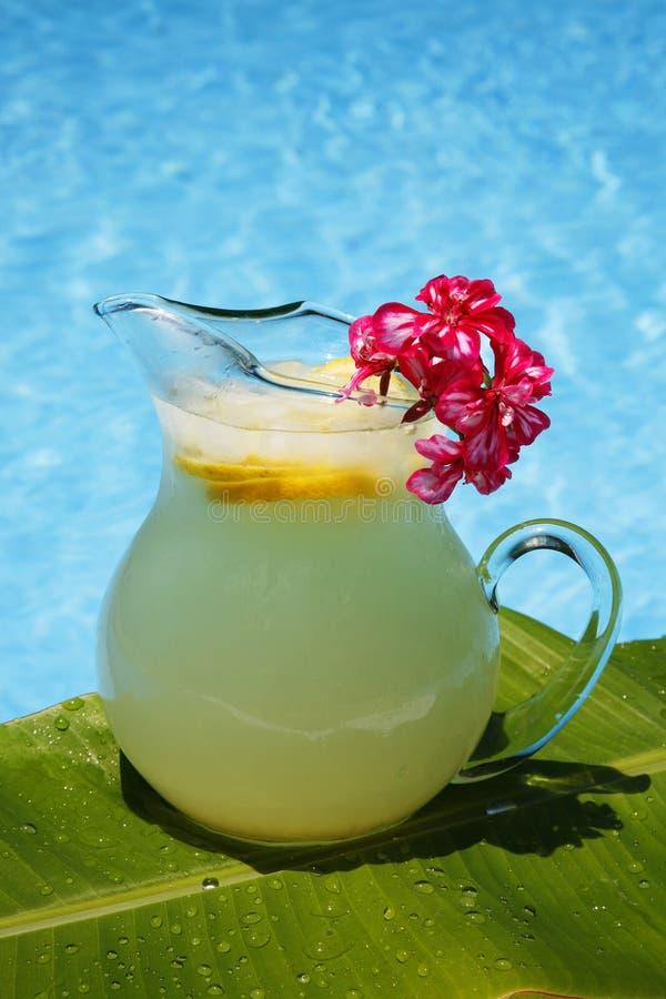 Sommer-Limonade lizenzfreies stockfoto