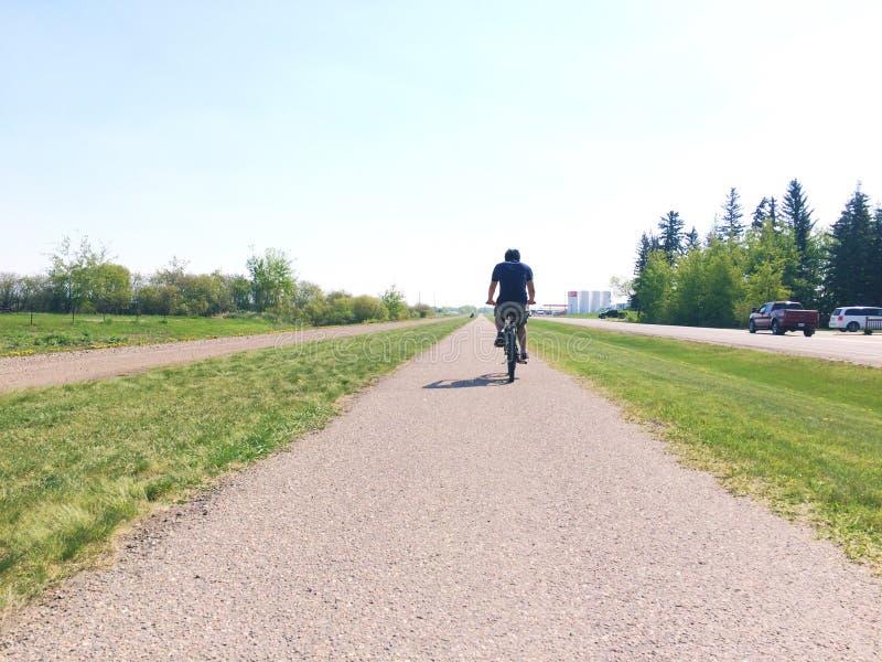 Sommer-Radfahren lizenzfreie stockfotos