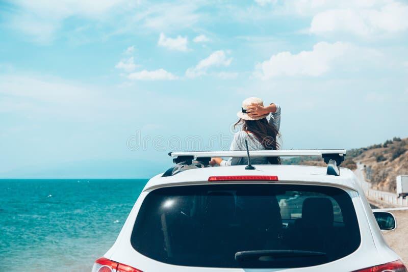 Sommer roadtrip zum Strand lizenzfreie stockfotos