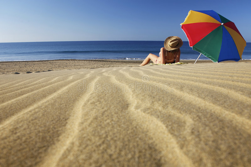 Sommer-Strand lizenzfreie stockfotos