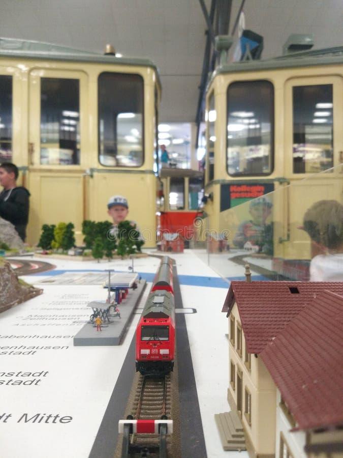 Sommerfest in Verkehrsmuseum Frankfurt am Main Lokomotive stockbilder