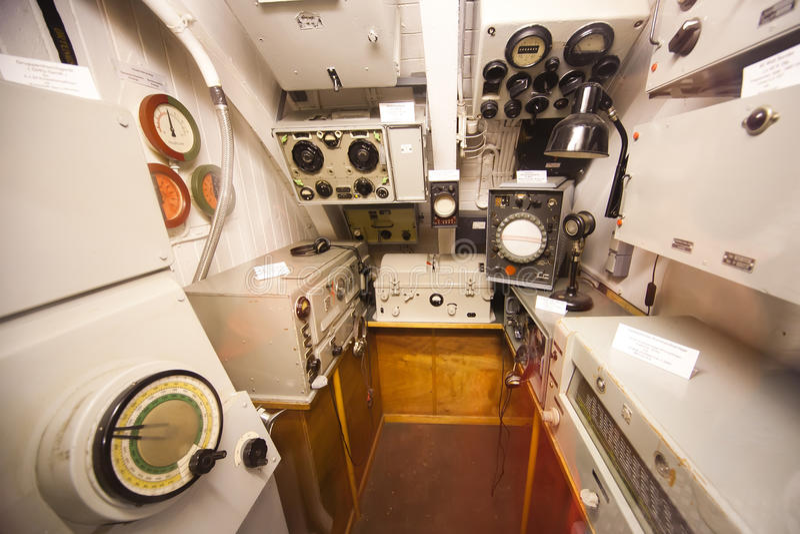 Sommergibile tedesco - scompartimento del sonar fotografie stock