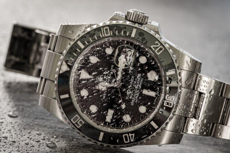 Sommergibilista di Rolex Vista dettagliata di un iconico, svizzero-fatta ad uomini ` s operatori subacquei meccanici orologio fotografia stock