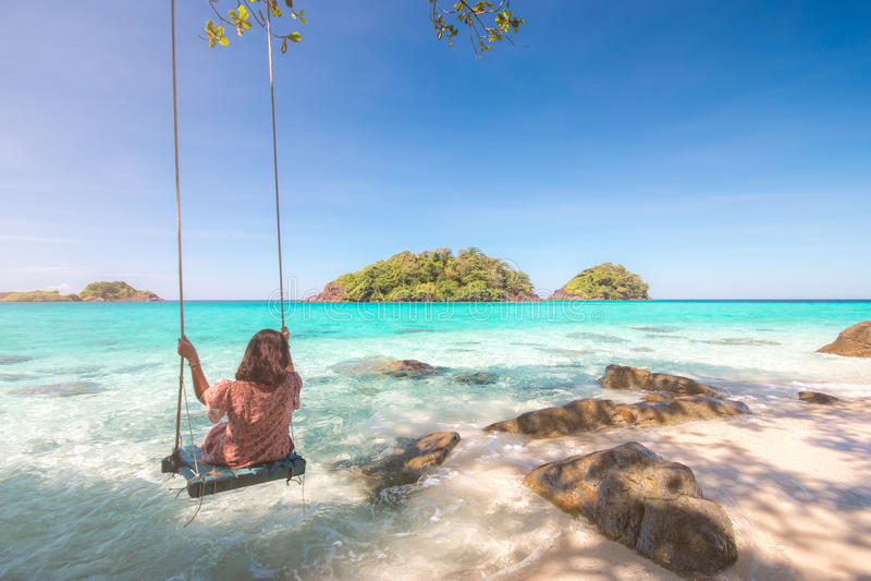 Sommersaison der Tropeninseln, Trat-Archipel, Thailand lizenzfreie stockbilder