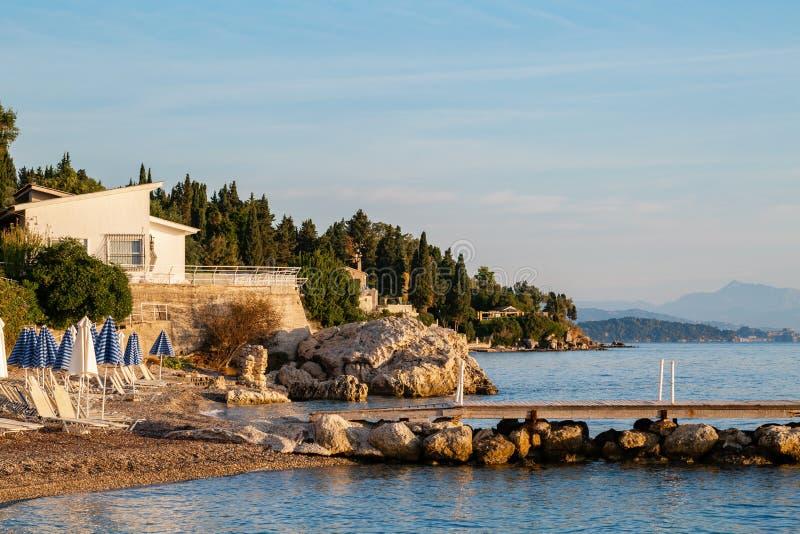 Sommersonnenaufgang Auf K?ste, Korfu-Insel, Griechenland ...