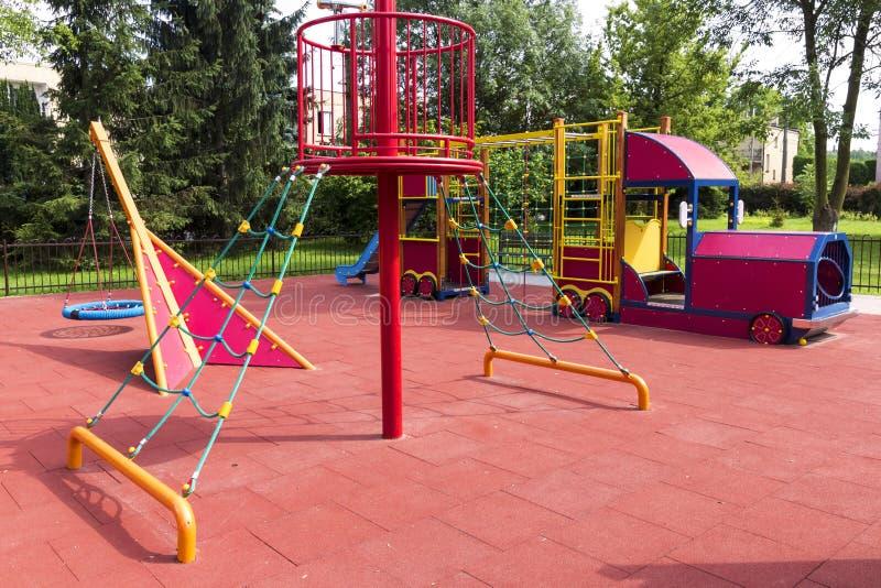 Sommerspielplatz. lizenzfreies stockfoto