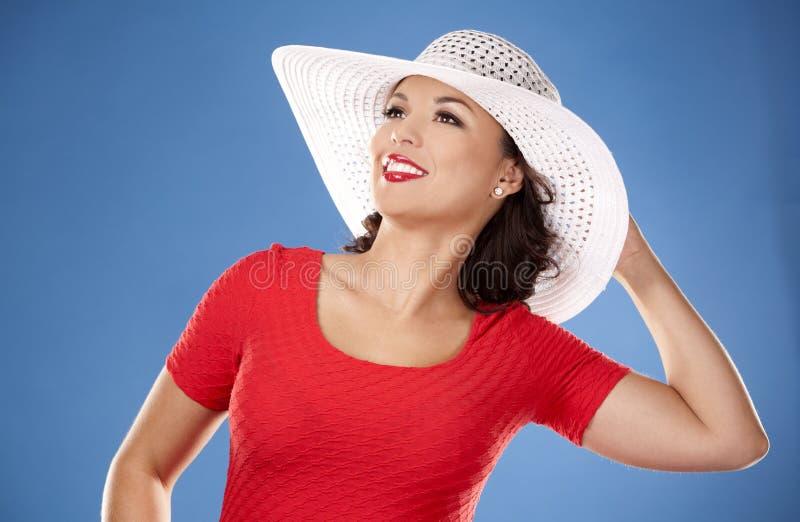 Sommerstrandfrau stockfoto