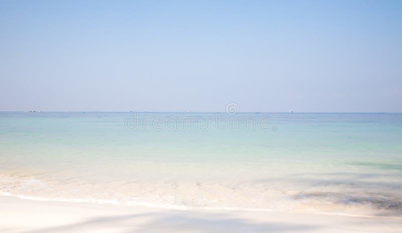 Sommerstrandhintergrund stockbilder