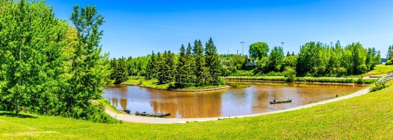 Sommerzeit im hundertjährigen Park, Moncton, New-Brunswick, Kanada lizenzfreie stockfotos