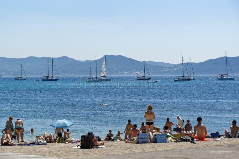 Sommerzeit im Süden von Frankreich lizenzfreie stockfotografie