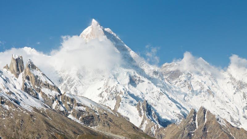 Sommet de Masherbrum de bâti, Karakorum, Pakistan photographie stock libre de droits