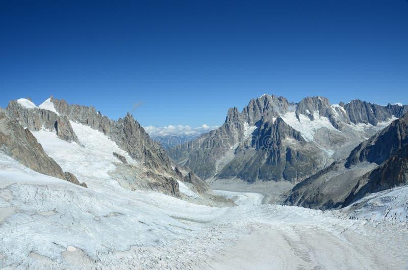 Sommets au-dessus de glacier photo stock