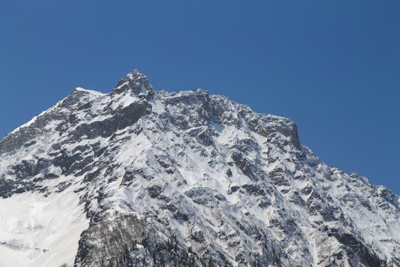 Sonamarg, Srinagar, India: Piękny krajobraz z śnieżną górą zdjęcie stock