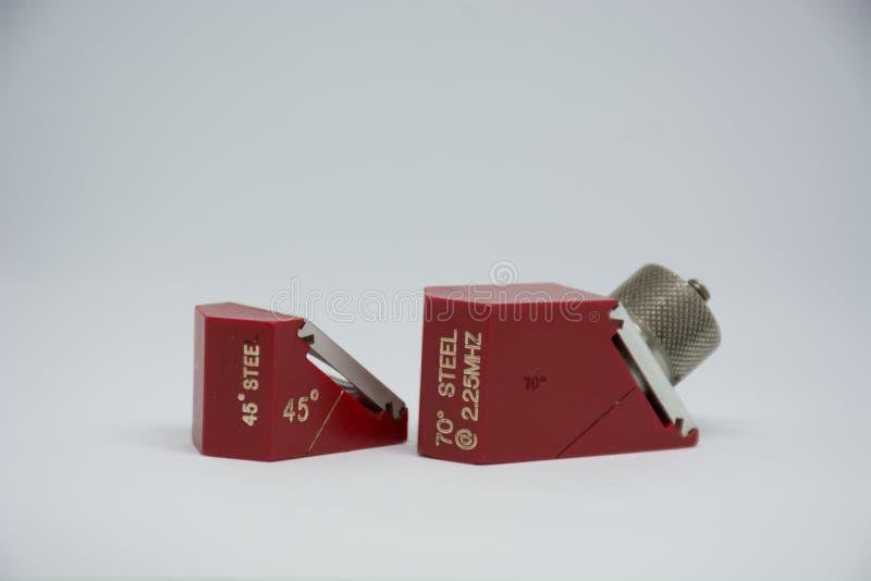 Sonde d'angle pour l'équipement de test ultrasonique image stock