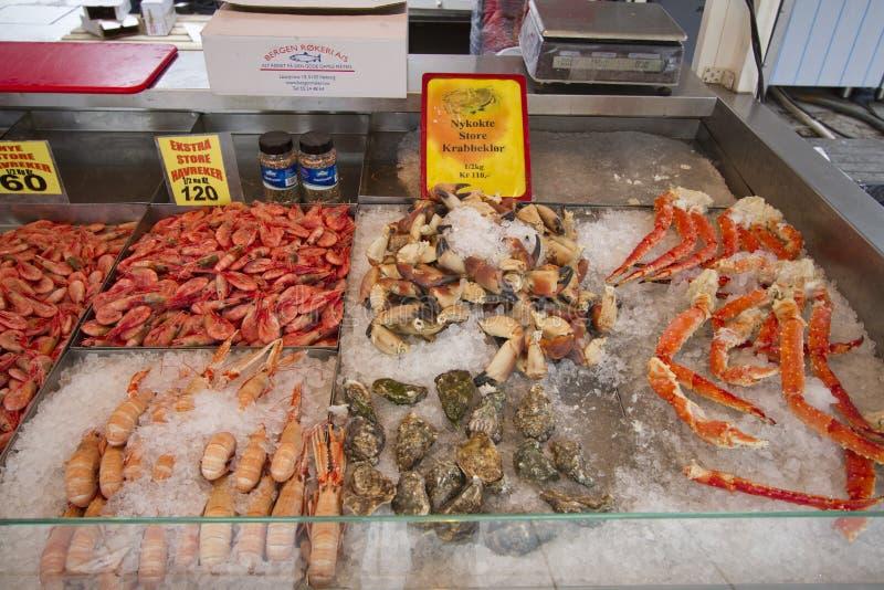 Sonderkommando vom Fischmarkt in Bergen, Norwegen stockbild