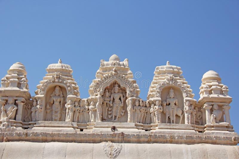 Sonderkommando von Shiva Virupaksha Temple, Hampi, Karnataka, Indien Steinflachreliefs lizenzfreies stockfoto