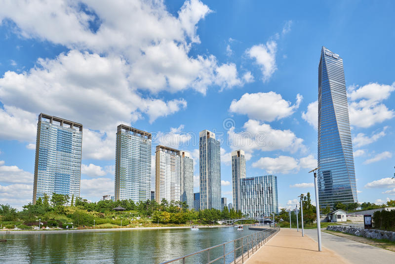 Download Songdo,韩国- 2015年9月07日:Songdo IBD 编辑类图片 - 图片 包括有 全球, 聚会所: 62530110