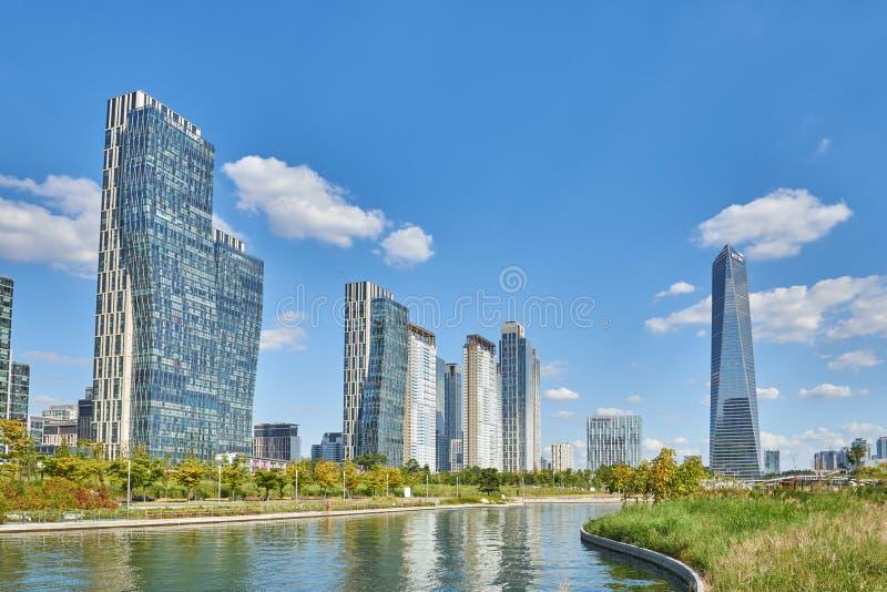 Download Songdo,韩国- 2015年9月07日:Songdo IBD 编辑类照片 - 图片 包括有 大都会, 横向: 62530176