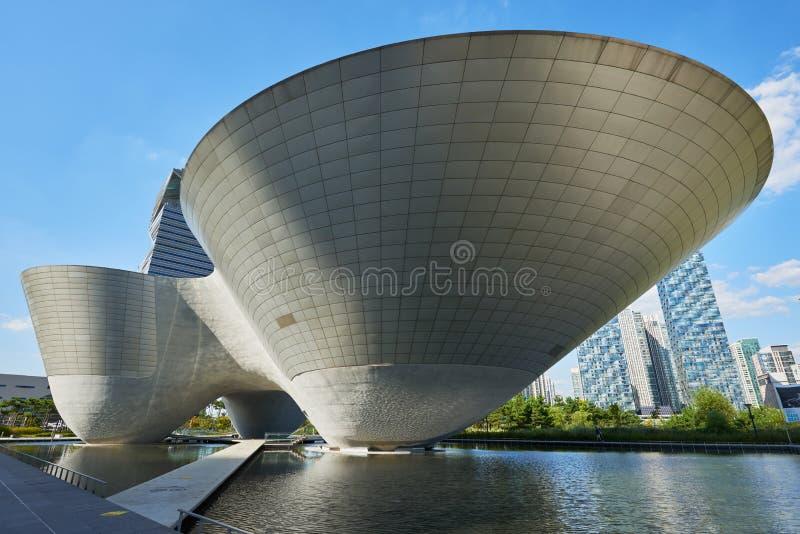 Songdo, Corée - 7 septembre 2015 : Tri cuvette de Songdo photo stock