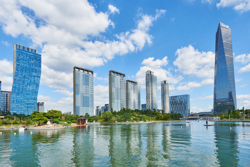Songdo Korea - September 07, 2015: Songdo IBD royaltyfri fotografi