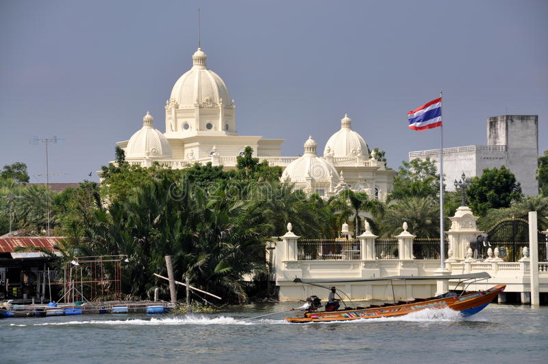 songkram thailand för barkassherrgårdsamut royaltyfri bild
