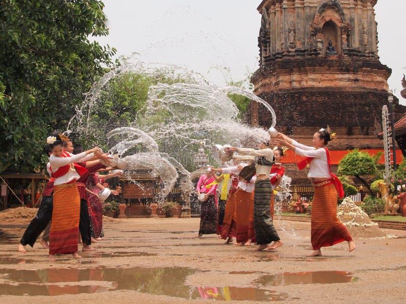 Songkran festival på chiangmaien, Thailand arkivbilder