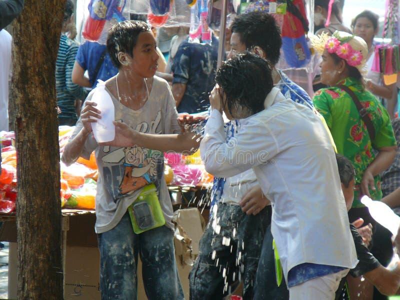 Songkran nouvelle année célébration 12-16 avril thaïlandais images stock