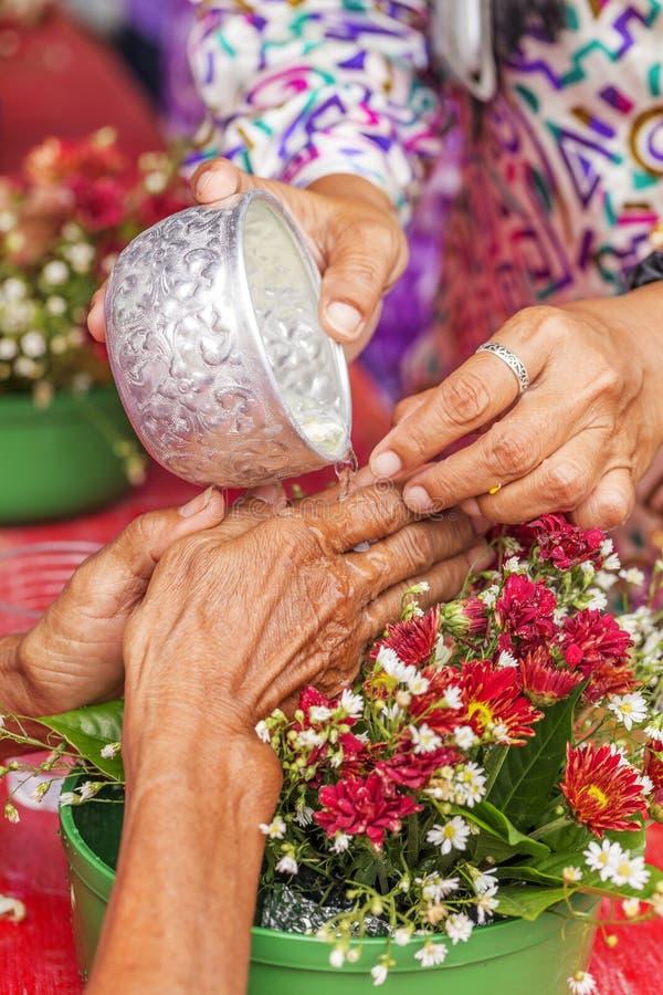 Songkran-Zeremonie, thailändisches neues Jahr lizenzfreies stockbild