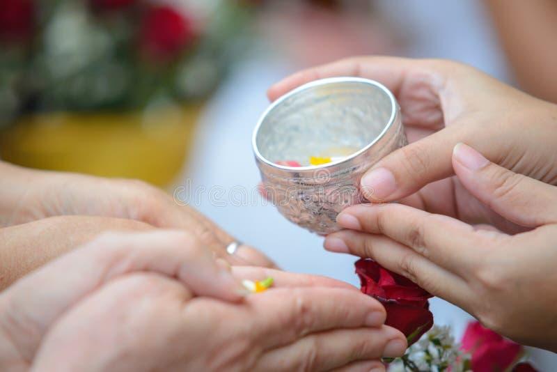 Songkran-Zeremonie, thailändisches neues Jahr stockfotografie