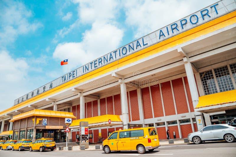 Songshan internationell flygplats i Taipei, Taiwan arkivfoton