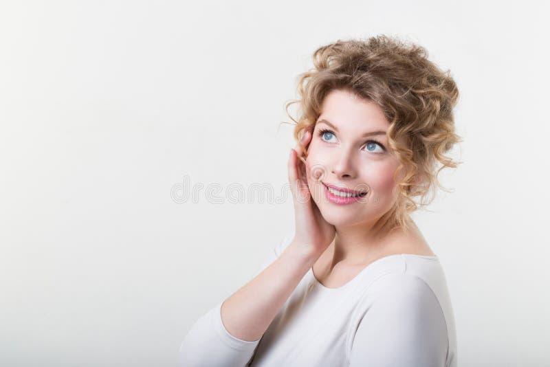 Sonhos bonitos da mulher fotos de stock