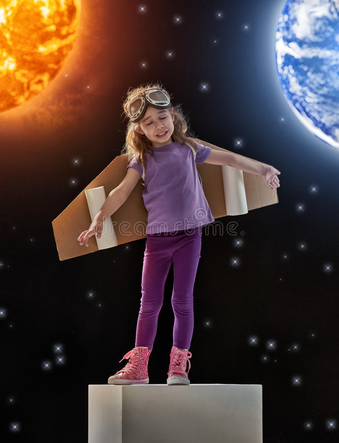 Sonhos de transformar-se um astronauta foto de stock royalty free