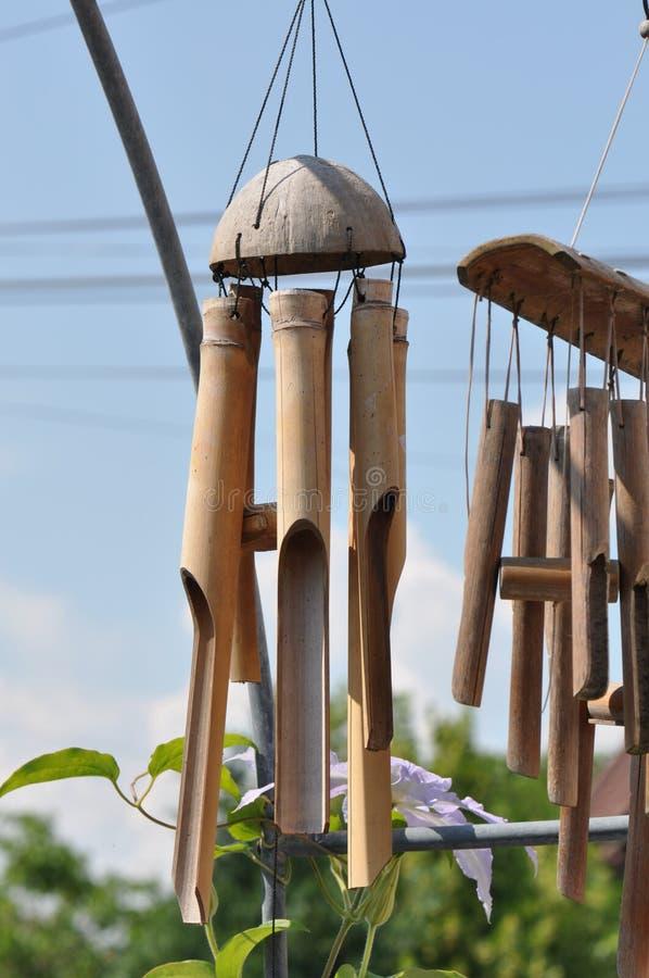 Sonido de bambú de los carillones de viento para colgar fotos de archivo libres de regalías