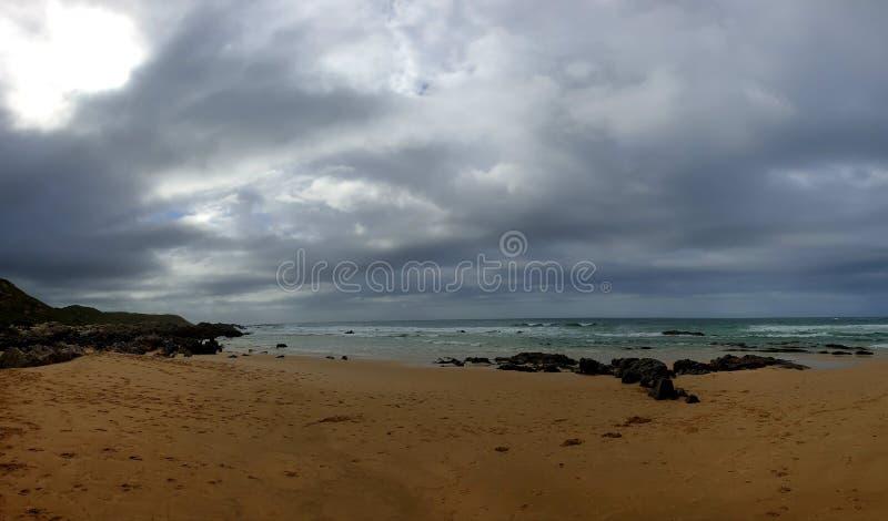 Sonne und Meer lizenzfreie stockfotos