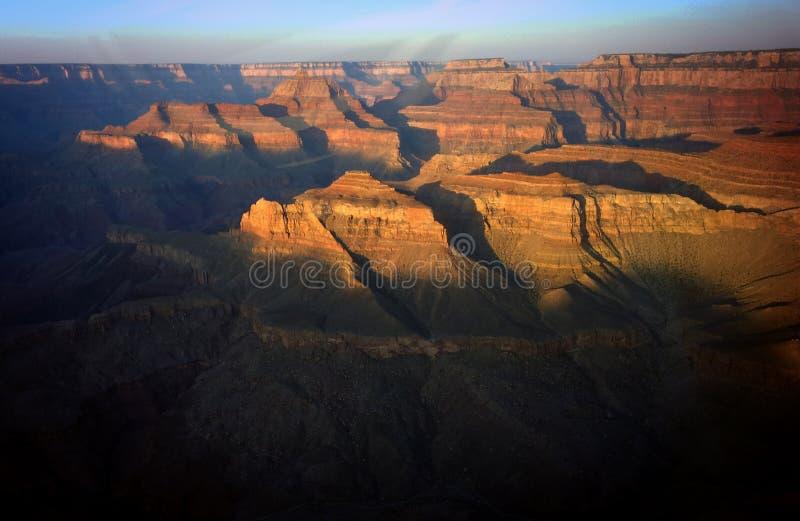 Sonnenaufgang über dem Grand Canyon lizenzfreies stockfoto