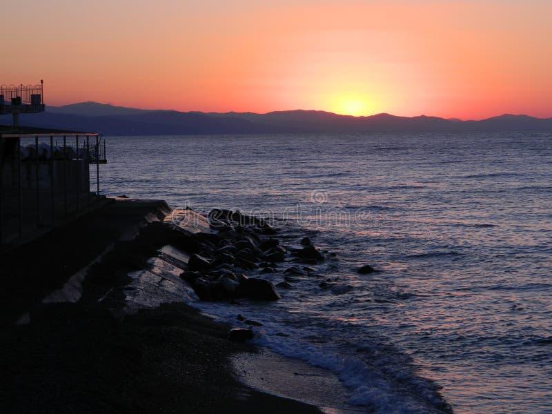 Sonnenaufgang über dem Meer stockfoto