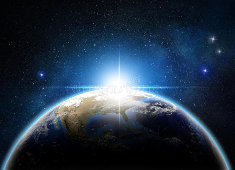 Sonnenaufgang über der Erde lizenzfreie abbildung