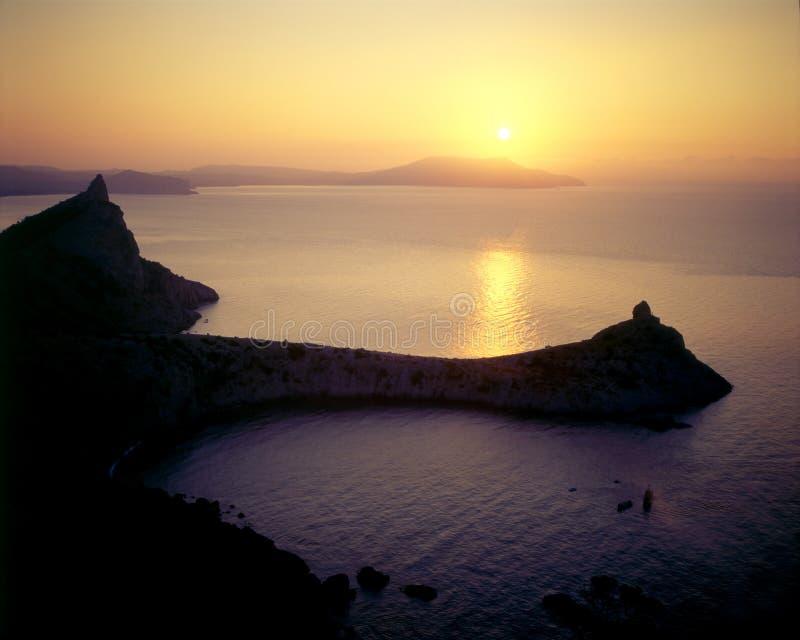 Sonnenaufgang über der meeres- Krim lizenzfreie stockbilder