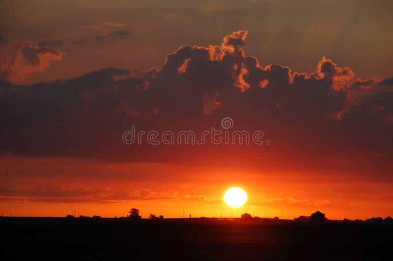 Sonnenaufgang über Illinois lizenzfreie stockbilder
