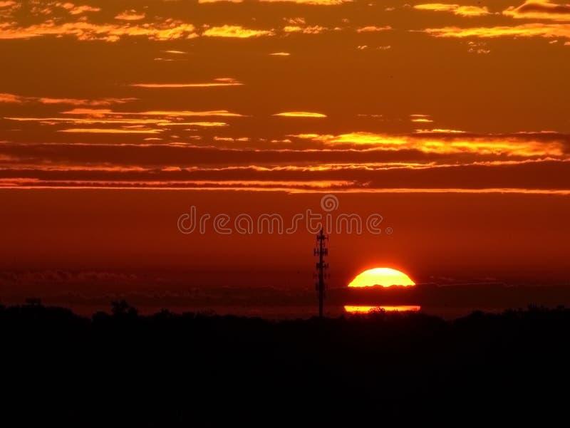Sonnenaufgang über im Stadtzentrum gelegenem Raleigh, North Carolina lizenzfreie stockfotos